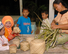 Handicraft tours - basket weaving