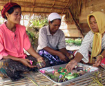 Tours in Thailand - Handicraft demonstrations
