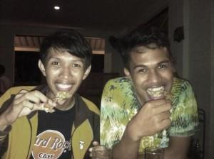 Esa & Rachman eating crab fish.2