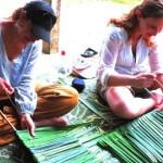 Weaving pandanus leaves Ban Talae Nok homestay Thailand
